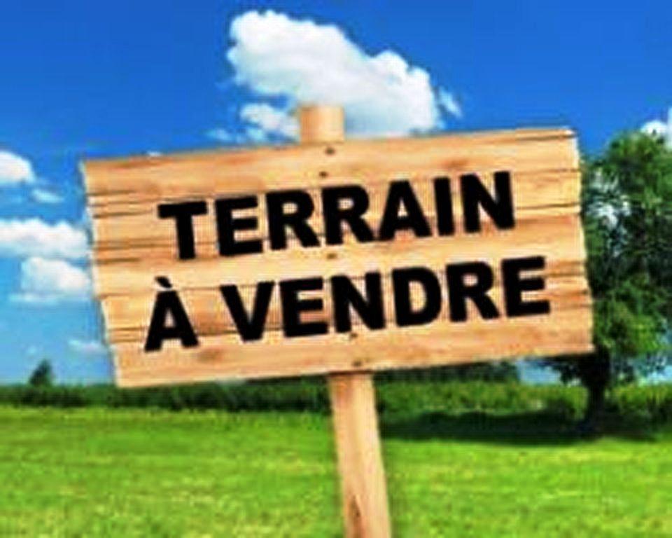 Terrain à Saint-ouen-des-alleux    80 000 €